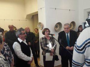 Szűcs Imre kiállítását megnyitja dr. Füvesy Anikó
