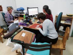 Kárpát-medencei Népi Textilfesztivál_zsűrizés előkészítése_önkéntes munka_2