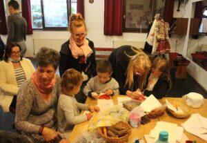 Kézművesek a Táncházak-Országszerte programon